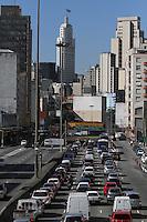 SAO PAULO, SP, 07/03/2012, TRANSITO. O corredor Norte Sul da capital paulista, apresenta trafego intenso na manha de hoje (7). Luiz Guarnieri/ Brazil Photo Press