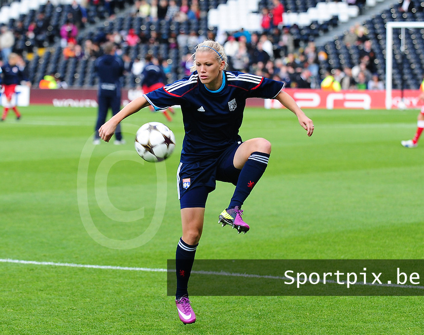 Uefa Women 's Champions League Final 2011 at Craven Cottage Fulham - London : Olympique Lyon - Turbine Potsdam : Lara Dickenmann.foto DAVID CATRY / JOKE VUYLSTEKE / Vrouwenteam.be..