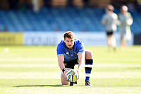 Josh Lewis of Bath Rugby lines the ball up for a kick at the posts. Aviva Premiership match, between Bath Rugby and Newcastle Falcons on September 23, 2017 at the Recreation Ground in Bath, England. Photo by: Patrick Khachfe / Onside Images