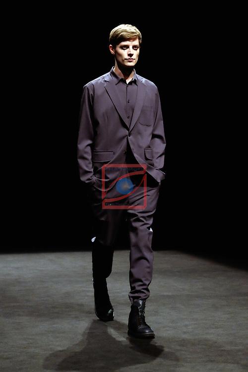 080 Barcelona Fashion 2017.<br /> Desfile Josep Abril.