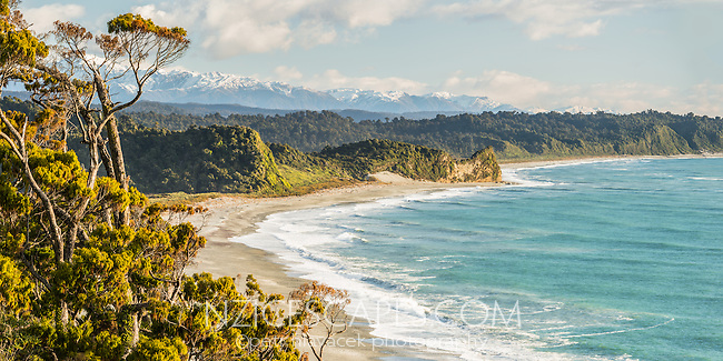 Three Mile beach near Okarito, Westland Tai Poutini National Park, West Coast, UNESCO Wolrd Heritage Area, New Zealand, NZ