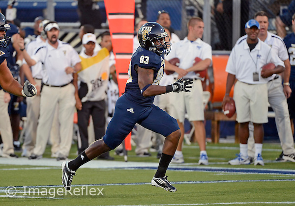 Florida International University football player wide receiver De'Andre Jasper (83) plays against Middle Tennessee State University on October 13, 2012 at Miami, Florida. MTSU won the game 34-30. .
