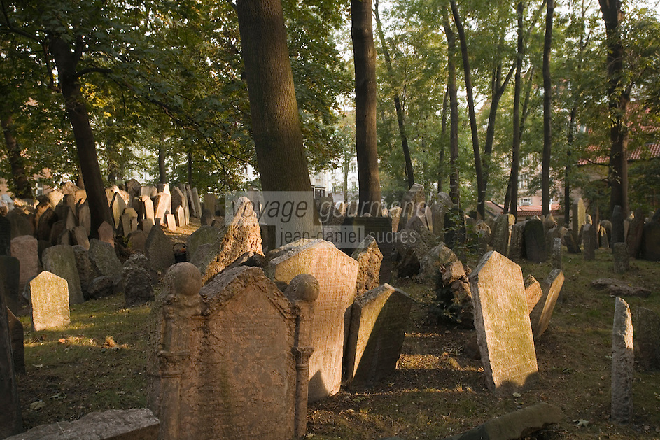 Europe/République Tchèque/Prague: le vieux cimetière juif du Quartier Juif et ses pierres tombales