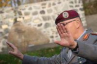 """Auf dem Gelaende des Einsatzfuehrungskommando der Bundeswehr, der Henning-von-Tresckow-Kaserne bei Potsdam, wurde ein Ehrenhain zum Gedenken an die im Einsatz verstorbenen Bundeswehrangehoerigen eingerichtet. In diesem """"Wald der Erinnerunge"""" sind die Gedenkhaine aus den Einsatzgebieten der Bundeswehr errichtet worden. Zum Teil originalgetreu nachgebildet von den Orten in denen die Bundeswehr eingesetzt war und Angehoerige verstorben sind.<br /> Im Bild: Generalleutnant Hans-Werner Fritz, Befehlshaber des Einsatzfuehrungskommandos der Bundeswehr.<br /> 14.11.2014, Potsdam<br /> Copyright: Christian-Ditsch.de<br /> [Inhaltsveraendernde Manipulation des Fotos nur nach ausdruecklicher Genehmigung des Fotografen. Vereinbarungen ueber Abtretung von Persoenlichkeitsrechten/Model Release der abgebildeten Person/Personen liegen nicht vor. NO MODEL RELEASE! Don't publish without copyright Christian-Ditsch.de, Veroeffentlichung nur mit Fotografennennung, sowie gegen Honorar, MwSt. und Beleg. Konto: I N G - D i B a, IBAN DE58500105175400192269, BIC INGDDEFFXXX, Kontakt: post@christian-ditsch.de<br /> Urhebervermerk wird gemaess Paragraph 13 UHG verlangt.]"""
