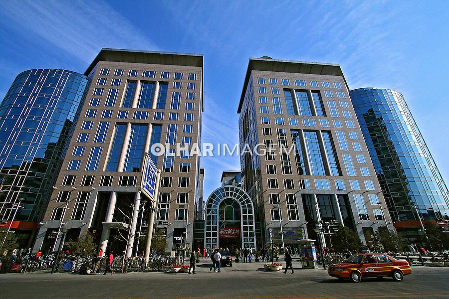 Arquitetura moderna na cidade de Pequim. China. 2007. Foto de Flávio Bacellar.