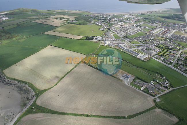 Aerial view of Clogherhead. 04/06/06...Photo NEWSFILE/Fran Caffrey.(Photo credit should read Fran Caffrey/NEWSFILE)....This Picture has been sent you under the condtions enclosed by:.Newsfile Ltd..The Studio,.Millmount Abbey,.Drogheda,.Co Meath..Ireland..Tel: +353(0)41-9871240.Fax: +353(0)41-9871260.GSM: +353(0)86-2500958.email: pictures@newsfile.ie.www.newsfile.ie.FTP: 193.120.102.198...This picture is from Fran Caffrey@newsfile.ie