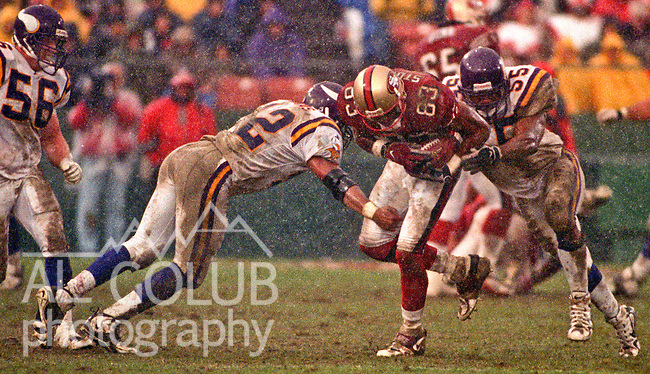 San Francisco 49ers vs. Minnesota Vikings at Candlestick Park Sunday, December 7, 1997.  49ers beat Vikings  28-17.  San Francisco 49ers wide receiver J.J. Stokes (83).