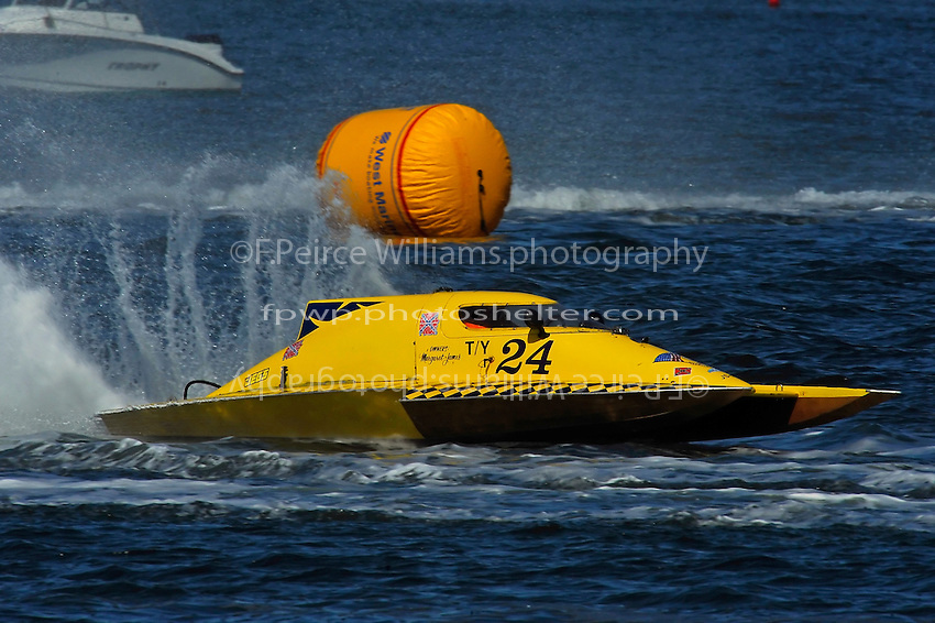 "Kenny Walton, T-24 ""Wanna Bee II"" (1 Litre Stock hydroplane)"