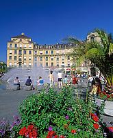 Deutschland, Bayern, Oberbayern, Muenchen: Karlsplatz (Stachus) | Germany, Bavaria, Upper Bavaria, Munich: Karl's Square (Stachus)