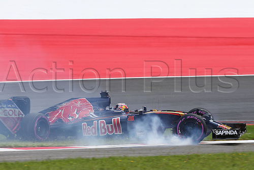 02.07.2016. Red Bull Circuit, Spielberg, Austria. F1 Grand pix of Austria. Qualifying sessions.  26 Daniil Kvyat (RUS, Scuderia Toro Rosso)crashes out after bumping the curb