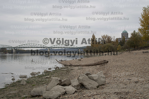Sand reefs emerge from river Dabube at a low water level in central Esztergom (about 50 kilometres North-West of capital city Budapest), Hungary on Oct. 26, 2018. ATTILA VOLGYI