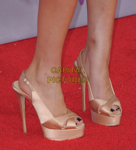 Kaley Cuoco's shoes.The 2013 People's Choice Awards held at Nokia Live in Los Angeles, California 9th January 2013                                                                   .detail feet heels platform silk satin slingback black nail varnish polish .CAP/DVS.©DVS/Capital Pictures.