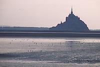 Europe/France/Normandie: /Basse-Normandie/50/Manche/Baie du Mont-Saint-Michel: Le Mont et sa baie