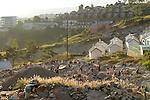 """MADAGASCAR Antananarivo, catholic priest Per Pedro Opeka has build Akamasoa a social community project with housing schemes, health units and schools for the poorest of Tana, work in quarry for house construction  / MADAGASKAR Pater Pedro Opeka hat die Gemeinde Akamasoa , auf madagassisch """"gute Freunde"""" , mit Muellsammlern, Bettlern und Sozialschwachen auf einem Huegel bei Antananarivo erbaut, Teil des Projektes sind Hausbau, Schulen, Krankenhaeuser und Beschaeftigung, Arbeit im Steinbruch fuer den Hausbau"""