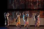 Nouvelles pi&egrave;ces courtes<br /> <br /> MISE EN SC&Egrave;NE ET CHOR&Eacute;GRAPHIE Philippe Decoufl&eacute;<br /> ASSISTANAT &Agrave; LA CHOR&Eacute;GRAPHIE Alexandra Naudet<br /> LUMI&Egrave;RES Bego&ntilde;a Garcia Navas<br /> VID&Eacute;O Olivier Simola, Laurent Radanovic<br /> COSTUMES Laurence Chalou, Jean Malo<br /> AVEC Flavien Bernezet, Meritxell Checa Esteban, Aur&eacute;lien Oudot, Julien Ferranti, Alice Roland, Suzanne Soler, Violette Wanty<br /> COMPAGNIE DCA / PHILIPPE DECOUFL&Eacute;<br /> DATE : 28/12/2017<br /> LIEU : Th&eacute;&acirc;tre National de Chaillot<br /> VILLE : Paris