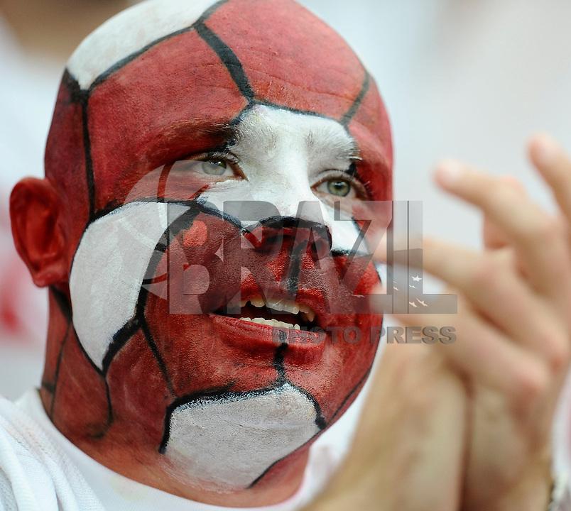 WARSAW, POLONIA, 08 JUNHO 2012 - EURO 2012 - POLONIA X GRECIA - Partida entre Polonia x Grencia , pelo primeiro jogo do Grupa A da Euro 2012 em Warsaw na Polonia, nesta sexta-feira, 08. (FOTO: DANIELE BUFFA / PIXATHLON  / BRAZIL PHOTO PRESS).