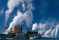 air pollution from pulp and paper mill<br /> Dryden<br /> Ontario<br /> Canada