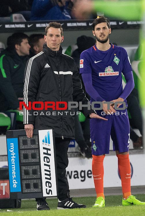 24.02.2017, Volkswagen Arena, Wolfsburg, GER, 1.FBL, VFL Wolfsburg vs Werder Bremen, im Bild<br /> <br /> nach langer Pause wieder dabei<br /> Florian Grillitsch (Werder Bremen #27)<br /> <br /> Foto &copy; nordphoto / Kokenge