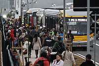 SÃO PAULO,SP,05.06.2014 - GREVE METRO - Movimentação na estação Itaquera na zona leste funcionarios do Metro estão em greve desde a 0h de hoje (05).(Foto Ale Vianna/Brazil Photo Press).