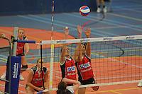 VOLLEYBAL: GRONINGEN: Topsportcentrum Alfacollege, 27-10-2012, Eredivisie Dames, Eindstand 1-3, blok Fenna Zeinstra (#3) en Martha Malta (#9), ©foto Martin de Jong