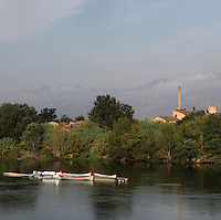 Small boats on the Ebro river, Tortosa, Tarragona, Spain. Picture by Manuel Cohen