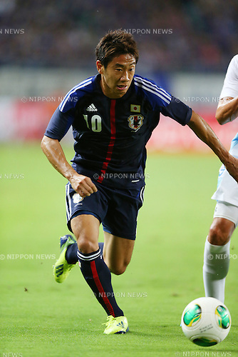 Shinji Kagawa (JPN),<br /> SEPTEMBER 6, 2013 - Football / Soccer :<br /> Kirin Challenge Cup 2013 match between Japan 3-0 Guatemala at Nagai Stadium in Osaka, Japan. (Photo by Kenzaburo Matsuoka/AFLO)