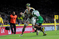 James Gaskell of Wasps loses the ball as he is tackled by Aseli Tikoirotuma of London Irish during the Premiership Rugby match between London Irish and Wasps - 28/11/2015 - Twickenham Stadium, London<br /> Mandatory Credit: Rob Munro/Stewart Communications