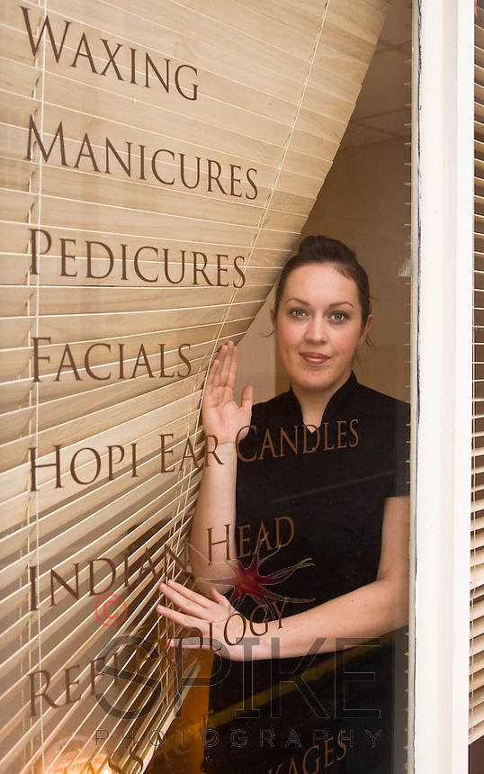 Waxing, Manicures Pedicures, Facials, Hopi, Indian Head Massage and Reflexology in Nottingham, Nottinghamshire