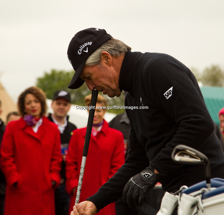 76 year old Gary Player talks to the crowds about his thoughts on long putters and why they should be banned demonstrates his youthful approach to golf with a selection of Images from Golf Live 2012 which took place at The London Club, Brands Hatch, Kent from 18th to 20th May 2012: Picture Stuart Adams www.golftourimages.com: 20th May 2012