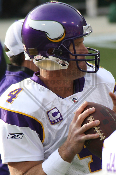 GREEN BAY - NOVEMBER 2009: Brett Favre #4 of the Minnesota Vikings warms up prior to a game on November 1, 2009 at Lambeau Field in Green Bay, Wisconsin. (Photo by Brad Krause)