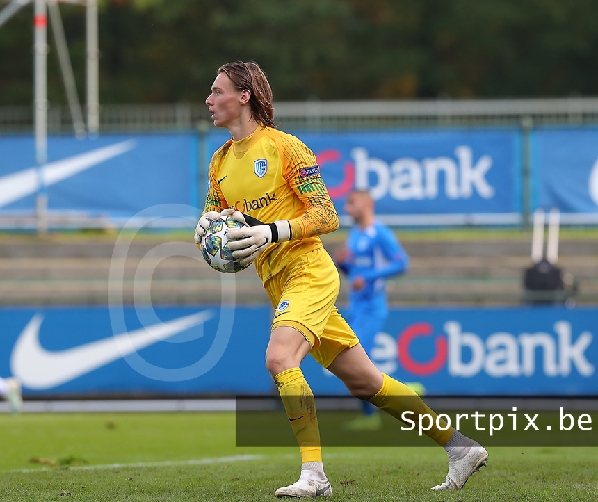 20191023 - Genk: Genk's goal keeper Maarten Vandevoordt is pictured during the UEFA Youth League group stages match between KRC Genk Youth and Liverpool FC on October 23, 2019 at KRC Genk Stadium Arena B, Genk, Belgium. PHOTO:  SPORTPIX.BE | SEVIL OKTEM
