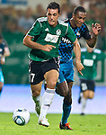 18.08.2011, Keine-Sorgen-Arena, Ried, AUT, UEFA EL, PLAYOFF, SV RIED (AUT) vs PSV EINDHOVEN (NED), Hinspiel, im Bild Nacho Casanova (SV Ried, #17) vs Marcelo (PSV Eindhoven, #4) // during the UEFA Europaleague, 1st Leg Playoff Match, SV Ried against PSV Eindhoven at Keine-Sorgen-Arena, Ried, Austria on 2011-08-18, EXPA Pictures © 2011, PhotoCredit: EXPA/ J. Feichter
