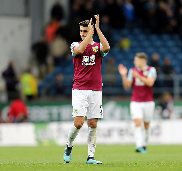 Burnley's Matthew Lowton applauds the fans at the final whistle<br /> <br /> Photographer Rich Linley/CameraSport<br /> <br /> The Premier League - Burnley v Everton - Saturday 5th October 2019 - Turf Moor - Burnley<br /> <br /> World Copyright © 2019 CameraSport. All rights reserved. 43 Linden Ave. Countesthorpe. Leicester. England. LE8 5PG - Tel: +44 (0) 116 277 4147 - admin@camerasport.com - www.camerasport.com