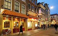 Nederland Amsterdam 2016. Chinees restaurant Hoi Tin op de Zeedijk. Foto Berlinda van Dam / Hollande Hoogte