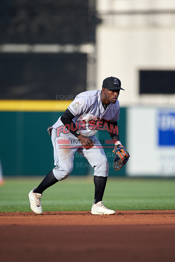 Jupiter Hammerheads shortstop Adeiny Hechavarria (6) during a game against the Lakeland Flying Tigers on April 17, 2017 at Joker Marchant Stadium in Lakeland, Florida.  Lakeland defeated Jupiter 5-1.  (Mike Janes/Four Seam Images)