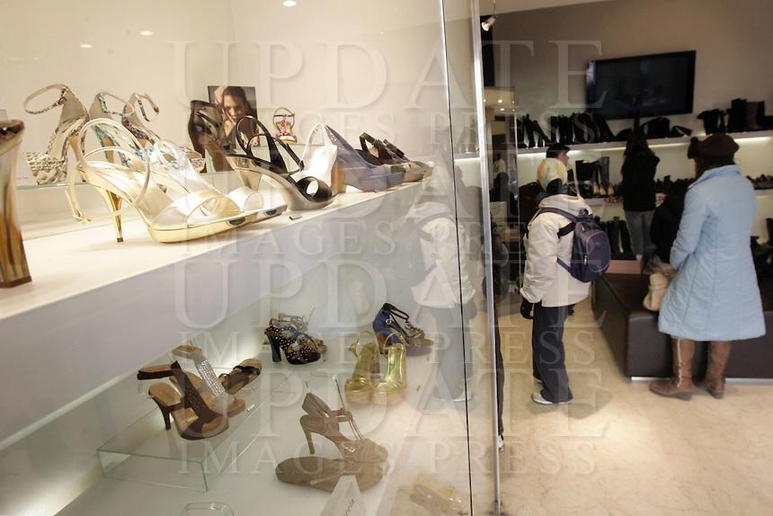 Scarpe in  vetrina alla Calzoleria Bologna, a Firenze.<br /> Shoes for sale at the Calzoleria Bologna in Florence.<br /> UPDATE IMAGES PRESS/Riccardo De Luca