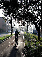 BOGOTÁ-COLOMBIA-07-02-2013. Día sin carro, av. Suba con 127. Day without car, in avenue Suba with street 127. (Photo:VizzorImage)