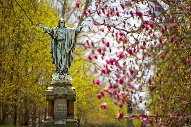 Apr. 24, 2011; Sacred Heart statue on main quad...Photo by Matt Cashore/University of Notre Dame