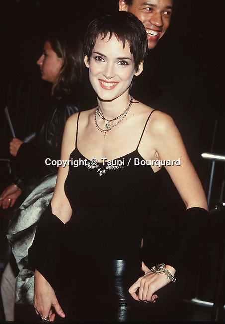 Winona Ryder arriving at the premiere of Living Out Loud in at the Century Plaza Theatre in Los Angeles.  October 10, 1998.            -            RyderWinona-LivingOutLoud_1a.jpg