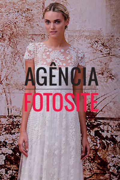 Nova Iorque, EUA &ndash; 10/2013 - Desfile de Monique Lhuiller  durante a Semana de Moda Noiva - Inverno 2014. <br /> Foto: FOTOSITE