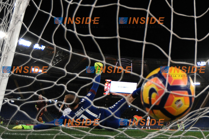 Gol Radja Nainggolan Roma, Joe Hart Torino <br /> Roma 18-02-2017 Stadio Olimpico Football Calcio Serie A 2016/2017 <br /> AS Roma - Torino Foto Andrea Staccioli / Insidefoto