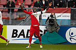 Nederland, Utrecht, 2 december  2012.Eredivisie.Seizoen 2012-2013.FC Utrecht-AZ.Jacob Mulenga van FC Utrecht juicht na het scoren van de 2-1