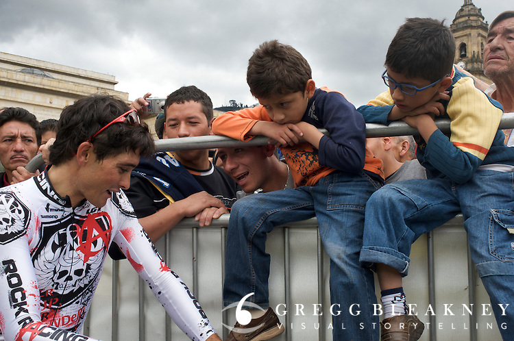 Oscar Sevilla chats with fans at the finish in Bogota.