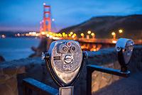 Blick auf die Golden Gate Gridge in San Francisco in der Daemmerung.<br /> 29.5.2017, San Francisco<br /> Copyright: Christian-Ditsch.de<br /> [Inhaltsveraendernde Manipulation des Fotos nur nach ausdruecklicher Genehmigung des Fotografen. Vereinbarungen ueber Abtretung von Persoenlichkeitsrechten/Model Release der abgebildeten Person/Personen liegen nicht vor. NO MODEL RELEASE! Nur fuer Redaktionelle Zwecke. Don't publish without copyright Christian-Ditsch.de, Veroeffentlichung nur mit Fotografennennung, sowie gegen Honorar, MwSt. und Beleg. Konto: I N G - D i B a, IBAN DE58500105175400192269, BIC INGDDEFFXXX, Kontakt: post@christian-ditsch.de<br /> Bei der Bearbeitung der Dateiinformationen darf die Urheberkennzeichnung in den EXIF- und  IPTC-Daten nicht entfernt werden, diese sind in digitalen Medien nach §95c UrhG rechtlich geschuetzt. Der Urhebervermerk wird gemaess §13 UrhG verlangt.]