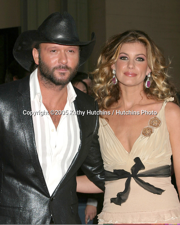 Tim McGraw.Faith Hill.2005 American Music Awards.Shrine Auditorium.Los Angeles, CA.November 22, 2005.©2005 Kathy Hutchins / Hutchins Photo....