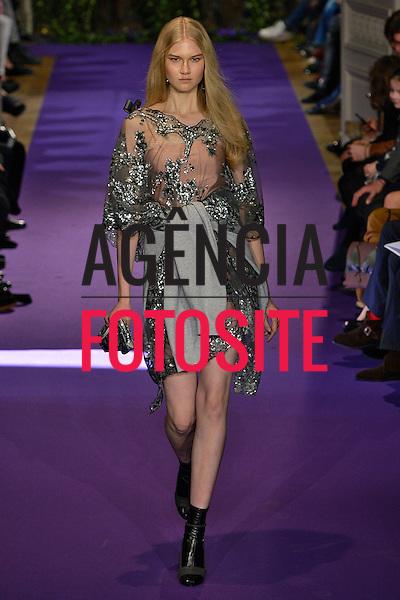 Paris, Franca &ndash; 02/2014 - Desfile de Alexis Mabile durante a Semana de moda de Paris - Inverno 2014. <br /> Foto: FOTOSITE