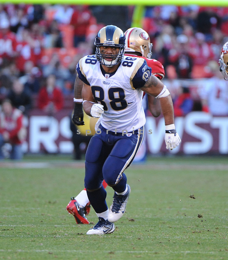 LANCE KENDRICKS, of the St. Louis Rams, in action during the Rams game against the San Francisco 49ers on December 4, 2011 at Candlestick Park in San Francisco, CA. The 49ers beat the Rams 26-0.