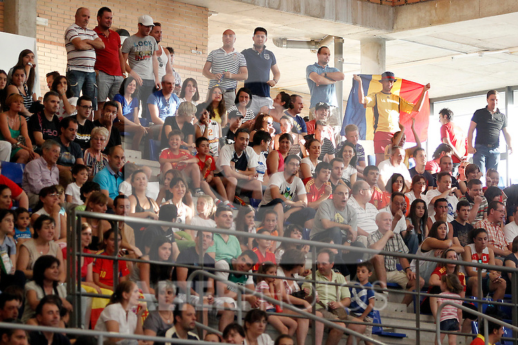 Spain´s and Romania´s fans during end EuroBasket qualifications.July 11,2012.(ALTERPHOTOS/ARNEDO)
