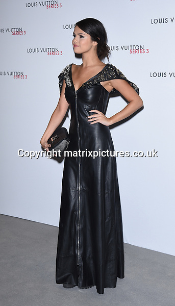 NON EXCLUSIVE PICTURE: MATRIXPICTURES.CO.UK<br /> PLEASE CREDIT ALL USES<br /> <br /> WORLD RIGHTS<br /> <br /> American actress and singer, Selena Gomez attending the Louis Vuitton Series 3 Exhibition launch party, in London. <br /> <br /> SEPTEMBER 20th 2015<br /> <br /> REF: SLI 152927