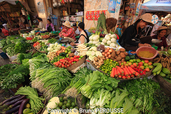 Asie, Cambodge, Siem Reap, marché central, fruits et légumes//Asia, Cambodia, Siem Reap, central market, fruits and vegetables